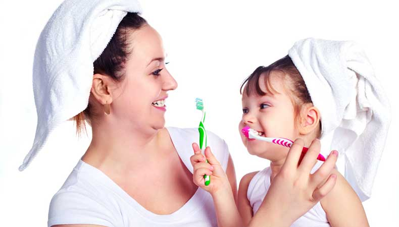 Когда ребенку, начинать чистить зубы, самостоятельно чистить зубы,  чистки зубов