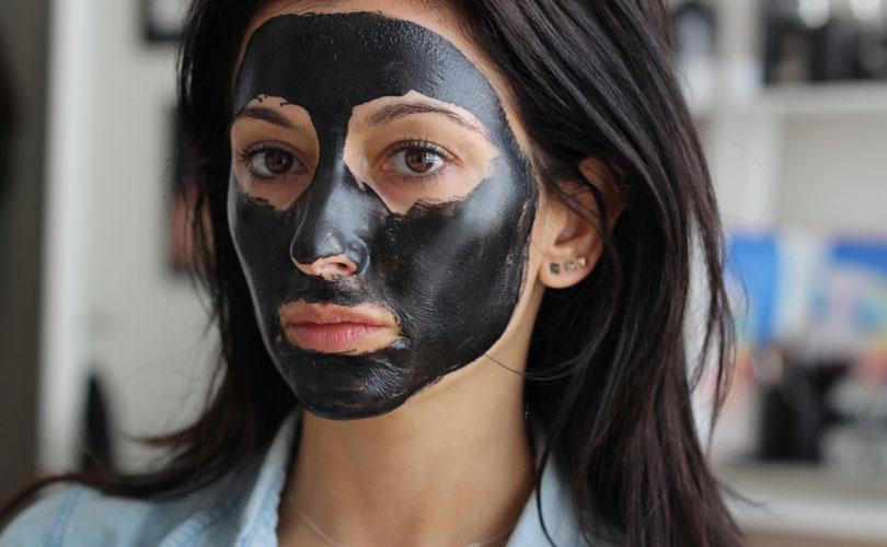 как использовать черную маску