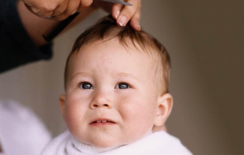 Стоит ли стричь ребенка в год, традиция, состригать волосики в год, Стричь ребенка
